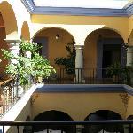 Blick in den Innenhof des La Noria Hotel