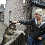 Petting Mason