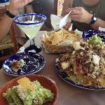 nachos and guac