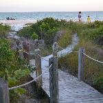 Walkway over to beach access
