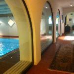 corridoio vicino alla piscina/sauna