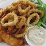 Calamari with chips and salad