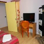 camera doppia con TV 36 pollici