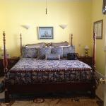 Love! Oliveros Room