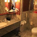 Très jolie salle de bains