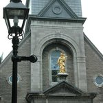 Sailors chapel and Montreal's lamp posts on St Paul