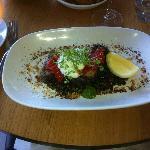 Seared tuna steak with lentils