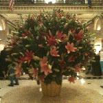 Beautiful flowers adorn the lobby !!