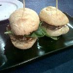 Mini hamburguesas de sepia y gambas