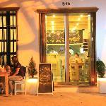 Foto de La Placita Burger Bar
