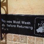 good description on washroom ;-)