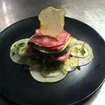 Ensalada de lengua escarlata con alga wakame
