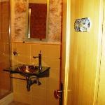 Bathroom House 612