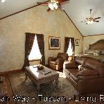 Tuscan Livingroom & Bed