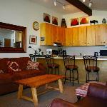 Shadowbrook Condominiums Foto