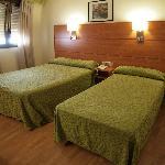 Zaragoza, Hotel Avenida: Double room