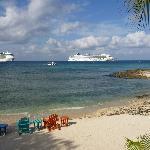 Cruise ships ashore