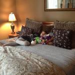 bed Versailles Suite