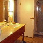 Room 503 - Bathroom with Shower