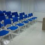 Auditório para 40 pessoas.