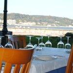 Preciosa terraza con vistas cerca del mar