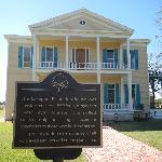 ‪Lakeport Plantation‬