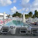 Mambo Beach pool