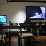 Mac & TV in Business Center