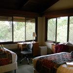 1109 Live Oak adjacent windows in the corner