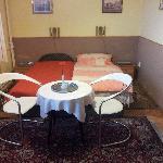 Chambre 1 : 2 lits à 1 place.....j'étais seul ....