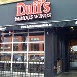 Duff s Famous Wings Foto