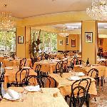 la bella elegante sala da pranzo