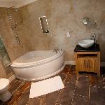 Bathroom in Frankies cottage