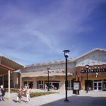 Chicago Premium Outlets
