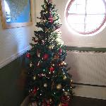 love its xmas decoration, simple but lovely.