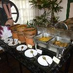 Queens Hotel, Sri Lankan breakfast