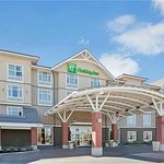 Holiday Inn & Suites Surrey BC