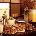 Deluxe Continental Breakfast