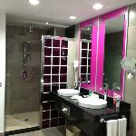 bathroom open concept