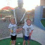 Cutie-pies with the Muffler Man