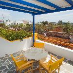 Balcony & Garden View