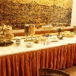 Buffet colazione self service.