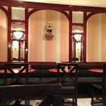Cafeteria Emilio decor