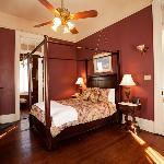 Desire Queen Room