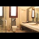 Suite Room 3 Wash Room