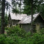 Mineral Creek Cabin w/blooming rhododendrons