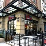 Foto de JJ Bean Coffee Roasters - Woodward's