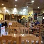 vista del amplio restaurante