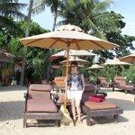 Пляж, отличные лежаки, свё чистенько.Обслуживание супер!