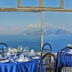 panorama dal ristorante golfo di napoli